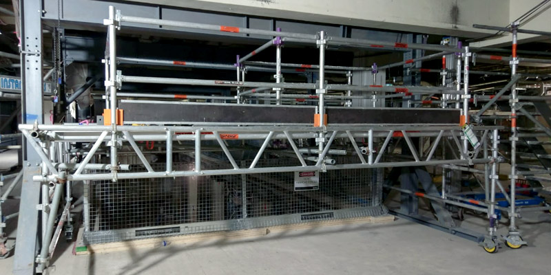 3. CBD Escalator Install - Stronghold Scaffolding - Sydney